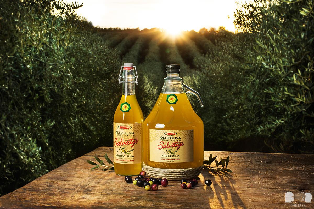 Fotógrafo de producto fotògraf de publicitat fotògraf d'oli publicidad barcelona lleida tarragona girona